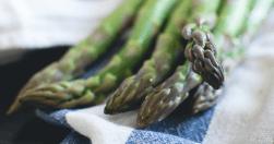 Asparagi con vinaigrette - Ricette al Microonde